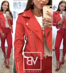 Piros velur dzseki