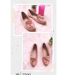 Púder topánka