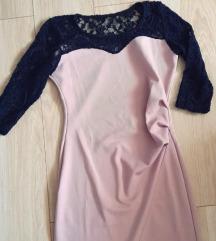 Púderszínű fekete csipkés ruha