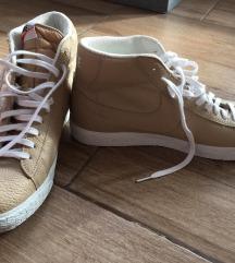 ÚJ 47-es férfi bőr Nike cipő blazer mid