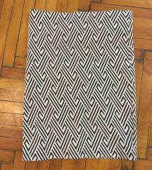 Fekete fehér mintás ceruza szoknya, térd felé érő