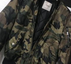 PULL&BEAR terepmintás bomber dzseki