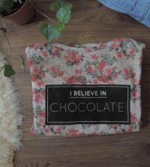 Rózsás vintage pulcsi