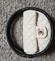 Chanel körtáska