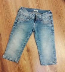 Pepe Jeans térdnaci W27