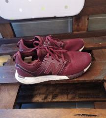 39-es New Balance cipő