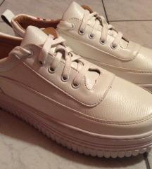 Fehér platform cipő sneaker