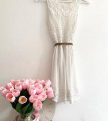 Zara fehér csipkeruha