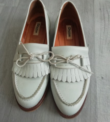 Női bőrcipő