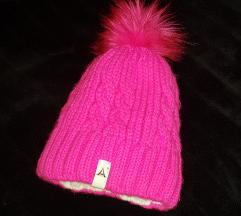 Pink téli sapi