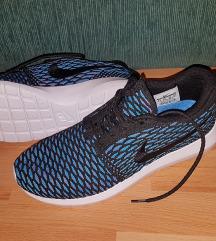 Nike Roshe Run Új 42-es
