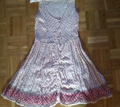 Könnyű nyári ruha