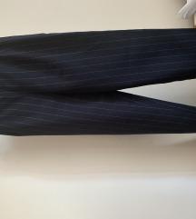Kosztüm nadrág