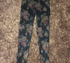 Zara virágmintás nadrág