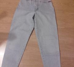 Mom jeans világos