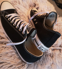 Eredeti fekete converse cipő