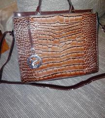Barna lakkbőr táska