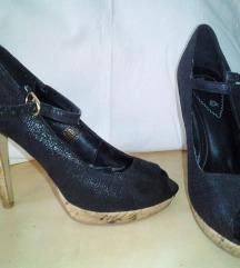 Funky Shoes magassarkú