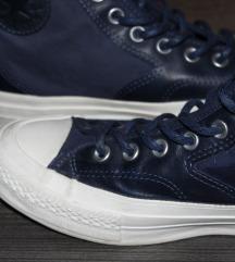 Sötét kék Converse cipő