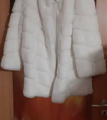 Új fehér bunda