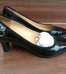 Deska lakkozott bőr magassarkú cipő