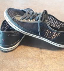 Eredeti tommy hilfiger cipő