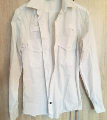 Vagány, letisztul, fehér ing