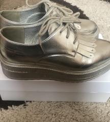 Ezust magas talpú cipő