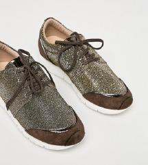 🤩 Csillogós, bronz sportcipő 🤩 - alig viselt