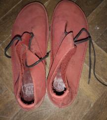bordó bőr kiscipő