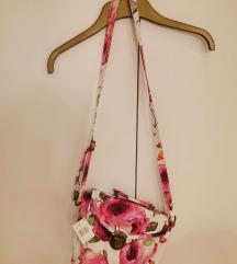 Új, virágos crossbody táska