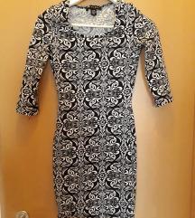 Amisu 34es testhezálló mintás ruha