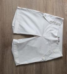 Persona rövidnadrág