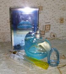 Salvador Dali It Is Blue fújósok vagy üvegében