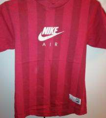 Fiú Adidas, Nike pólók + 1 pulóver