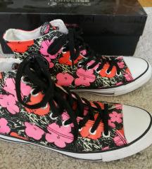 Új!! Limitált kiadású Converse cipő 41