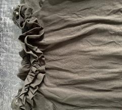Fodros váll lehúzós ruha