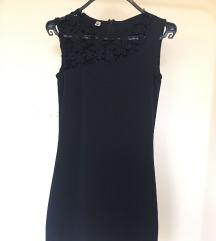 Fekete mini ruha csipke felsőrésszel - S