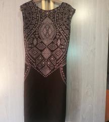 Csinos fekete, szürke mintás ruha