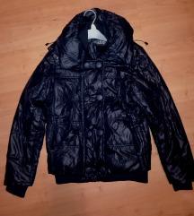 Fekete kapucnis téli kabát L - 40