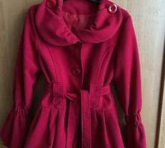 Különleges piros átmeneti kabát