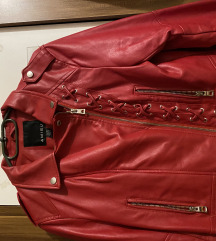Piros bőrdzseki