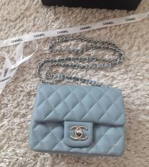 Chanel Classic Mini Flap Bag táska
