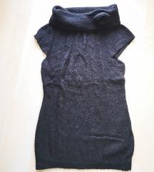 Fekete, anyagában mintás tunika