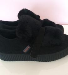 🖤 Új, platformos, szőrös cipő - 37-