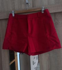 Piros rövidadrág