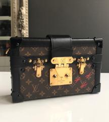 Louis Vuitton Petite Malle táska