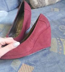 Bordó telitalpú cipő/CSERE IS