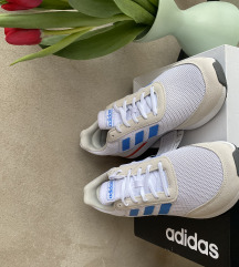 Adidas új férfi cipő 41 1/3, 42 méret