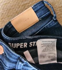 H&M super stretch farmer XS 25 34